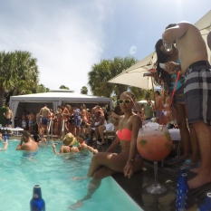 Pool party 4