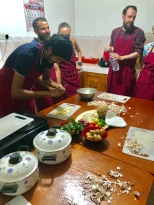 Making garlic curry